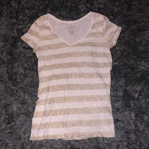 5/$20 American Eagle favorite tee size xs